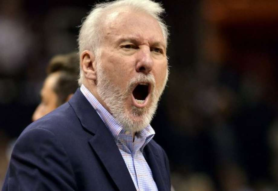 Gregg Popovich coaching The Spurs
