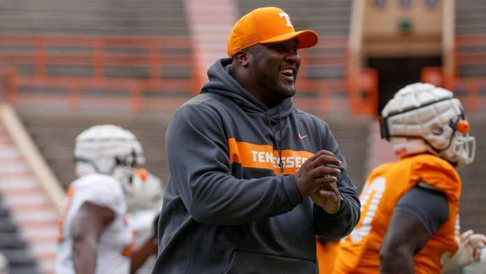 Could Tee Martin be the next Tennessee Vols head football coach?