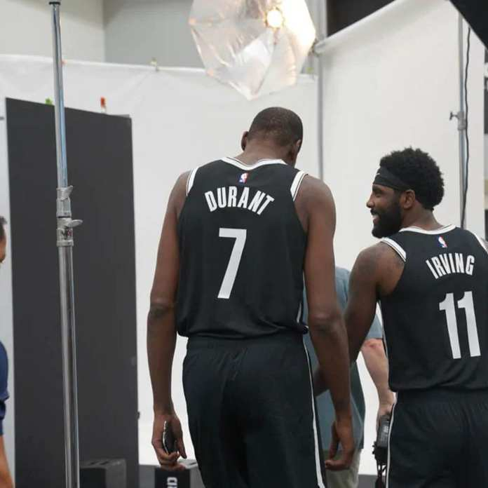 Kevin Durant & Kyrie Irving talking basketball at Nets practice