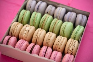 french-macrons-brulee-bakery