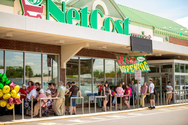 NetCost Market Blue Grass Plaza Grand Opening