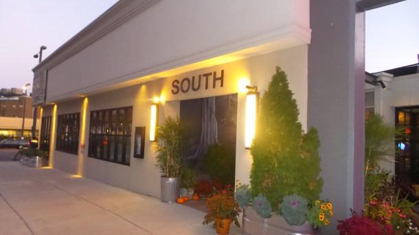 SOUTH Kitchen & Jazz Parlor