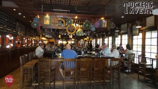 Tuckers Tavern Bar