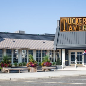 Dinner at Tuckers Tavern in Beach Haven