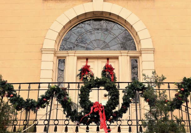 Christmas Decor at Lemon Hill Mansion