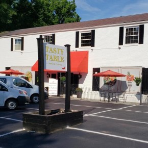 Main Line Catering Company Opens Tasty Table Market in Berwyn, PA