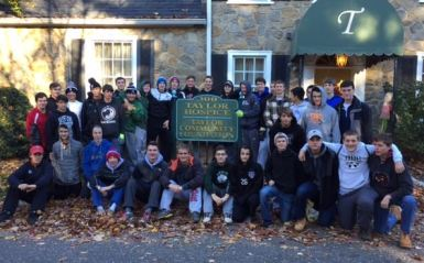 Strath Haven players participate in community service event at Taylor Hospice