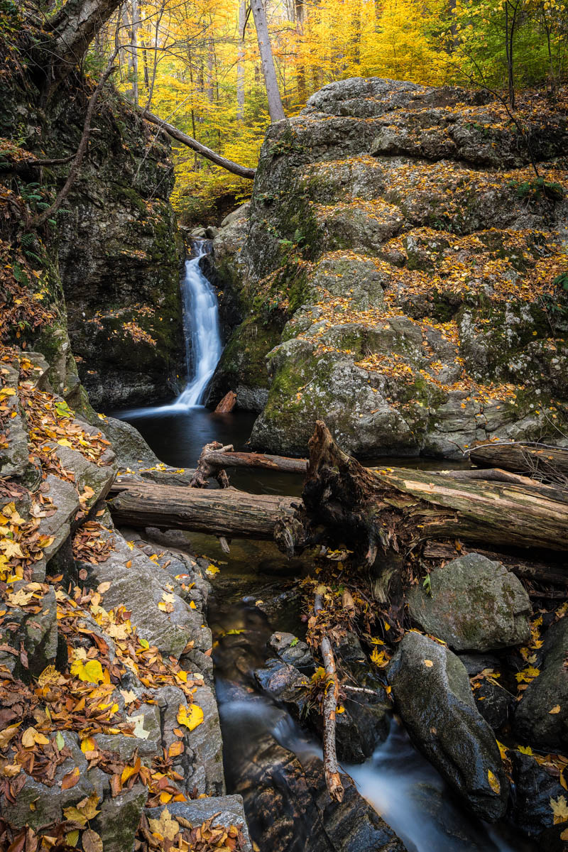 indian well waterfall w/ fall colors