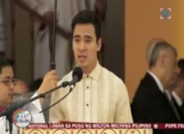 erik santos noted that the papal mass was his career