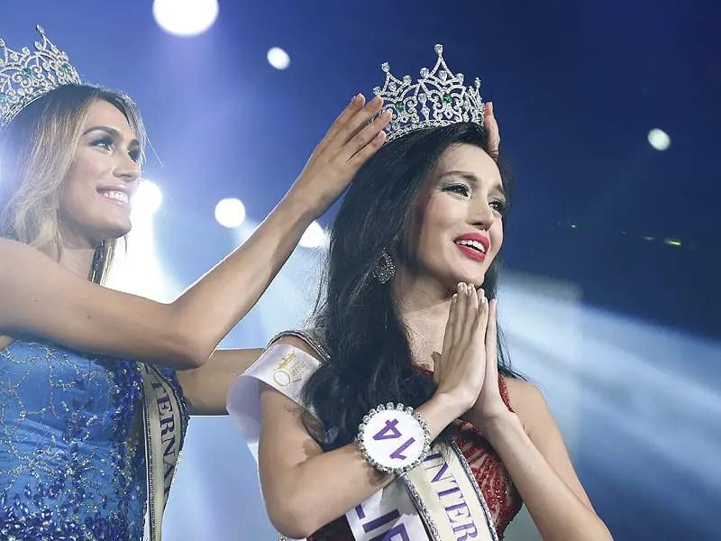 Transvestite beauty padgent in philipiens