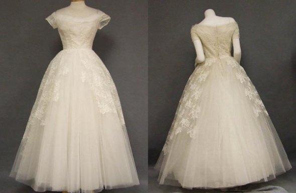 vintage-wedding-dresses-ruffled-kbqonvmm