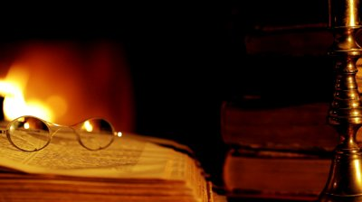 stock-footage-fireplace-and-a-book
