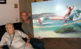 Leroy Grannis with Phil Roberts approving portrait of dewey weber
