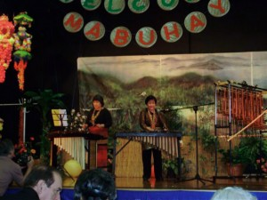 Judith Capsis and Kriz Aguilar on Angklung