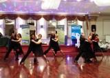Roberto's Australian dance students from Frankston dance the Argentino Tango Basico.