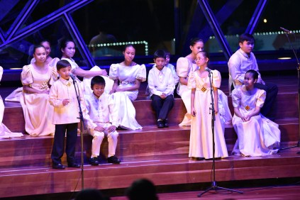 10 loboc choir