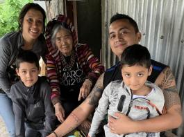 Featured image Christian Bulos and family with Apo Whang Od