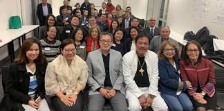 Ambassador Hellen De La Vega with Filipino community in victoria