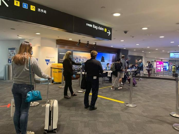 Passengers  arrive in Melbourne Airport | Photo: Gayzha Davao