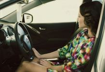 Lady driving   Photo by form PxHere