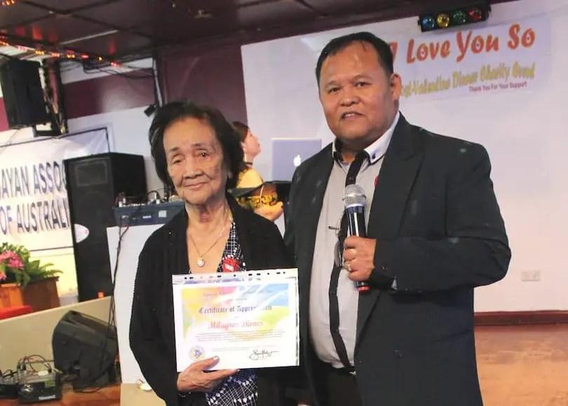 92 year-old Milagros receives Community Award from VAA President Jhun Salazar