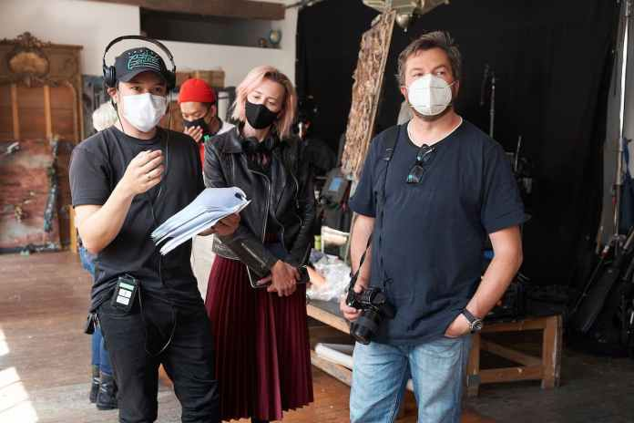 Melvin J. Montalban in action with producer Angie Fielder and DOP Simon Ozolins | Photo: Joel Pratley