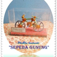 """Miniatur Sepeda Gunung"""