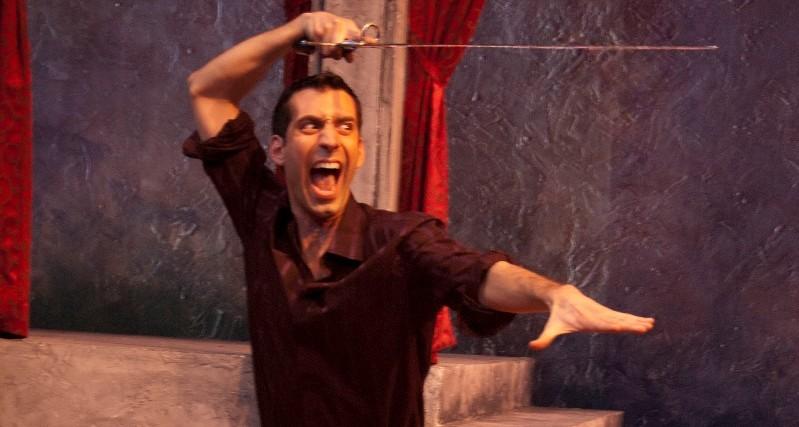 Damon Bonetti as Mercutio in The Philadelphia Shakespeare Theatre's 2008 production of ROMEO AND JULIET (Photo credit: John Bansemer)