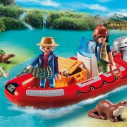 Inflatable Boat with Explorers Figure-02