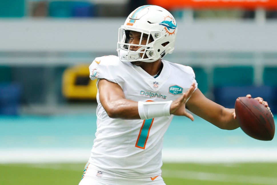 Miami Dolphins could be worried about Tua Tagovailoa contact