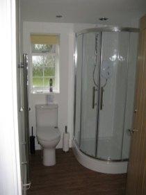 Cottage at Phippins Farm Bathroom