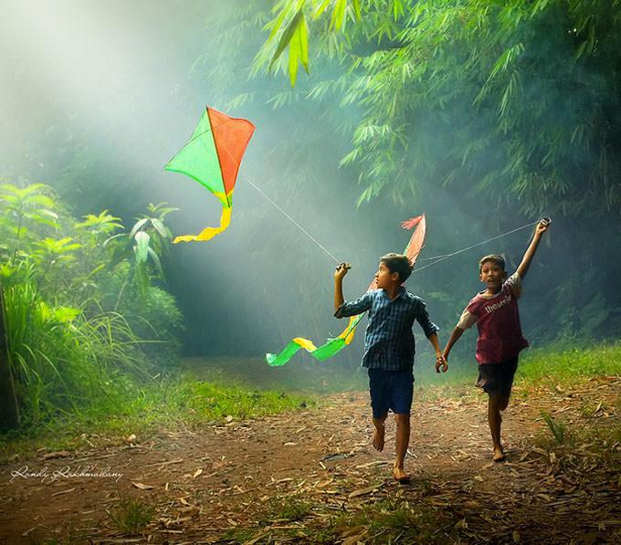 Flying Kites by Randy Rakhmadany