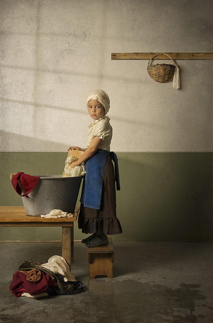 Laundrette by Bill Gekas