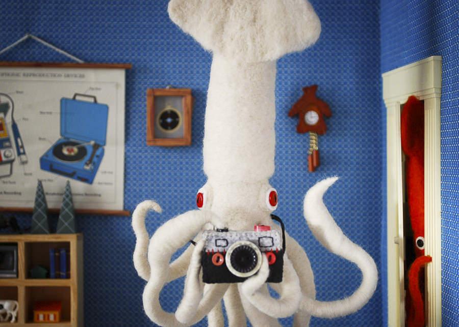 Giant Squid Selfie by Hiné Mizushima