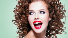 Photoshop Tutorials: How to Cut Out Hair in Photoshop