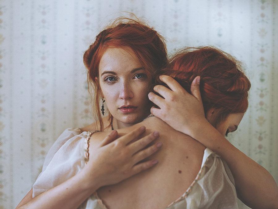 Doppelganger (12) by Julie de Waroquier
