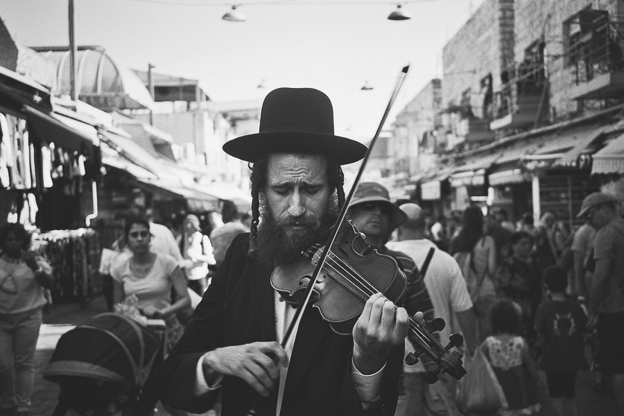 Jewish Violin Player by Dor Reznik