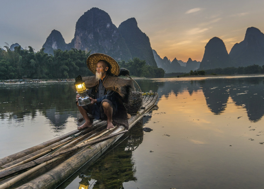 Corrmorant Fisherman, China by flow VI