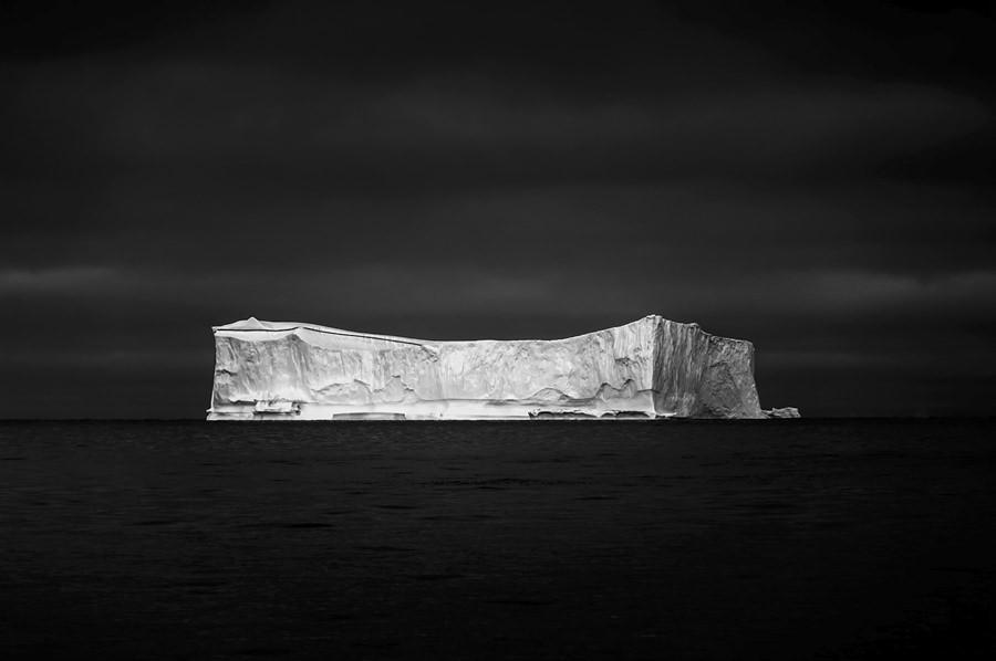 ICE ON BLACK, Greenland by Jan Erik Waider