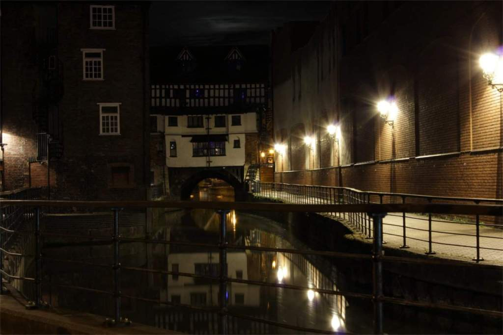 lincoln_canal_night