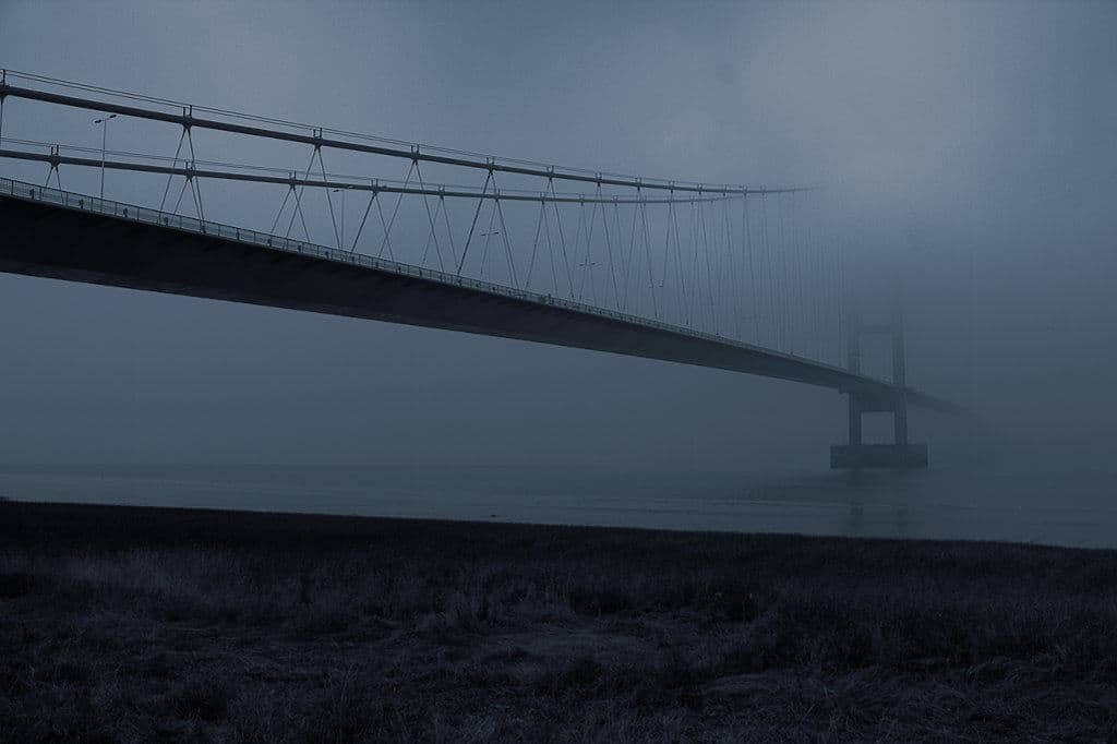 image of fog at humber bridge