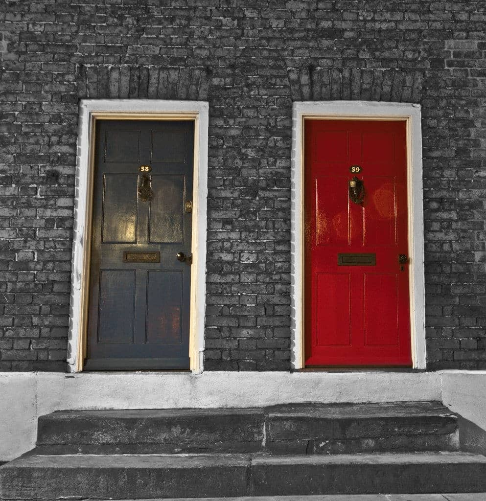 doors on streets of lincoln