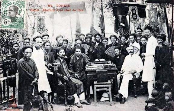 Verkiezing van de 'chef de rue' in Hanoi Tonkin 1910 (foto: Publice domain)