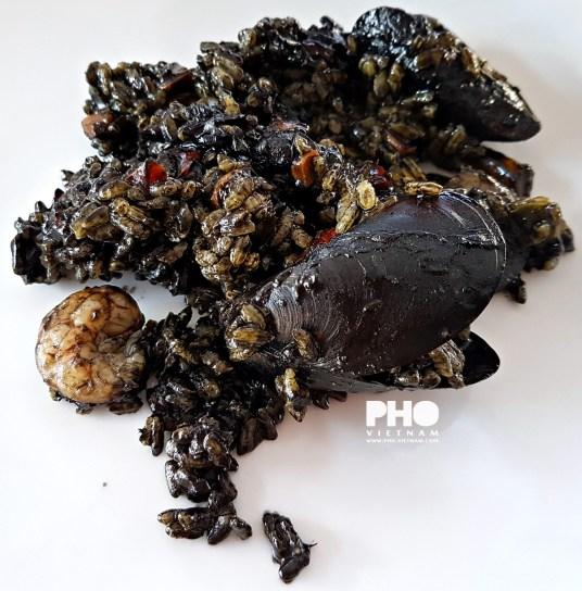 Zwarte paella (foto: Kim Le Cao © Pho Vietnam)