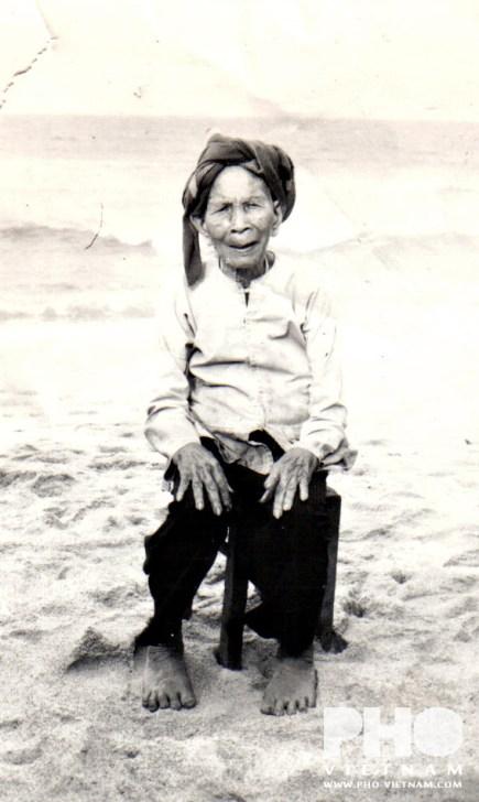 Mijn oma (foto: Pho Vietnam © Kim Le Cao)