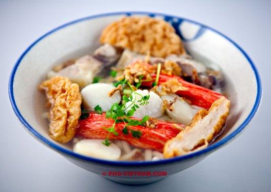 A bowl of Banh canh (photo: Kim Le Cao © Pho Vietnam)
