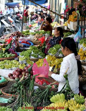 Fruitmarkt in Saigon (foto: Pho Vietnam © Kim Le Cao)