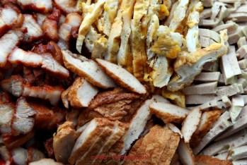 Xa xiu, omelet, Cha lua en Cha ca voor Banh mi (foto: Pho Vietnam © Kim Le Cao)