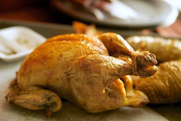 ごま油 鶏の丸焼き