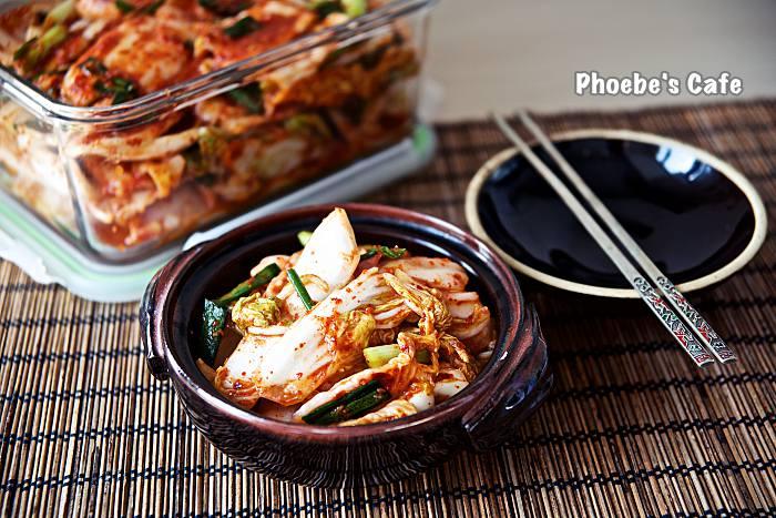 배추 막김치포기 김치 보다 시간도 덜 걸리고 손도 덜 가서 자주 담그는 김치입니다. 국수랑 함께 하면 더욱 맛나지요. http://phoebescafe.com/배추-막김치/